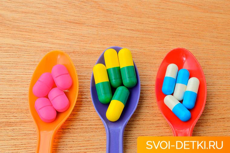 Антибиотики: правила безопасного лечения