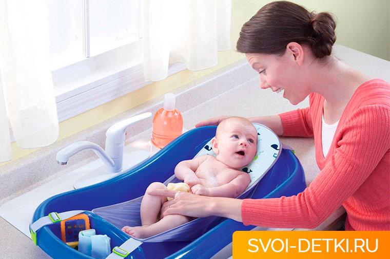 Особенности купания новорожденного
