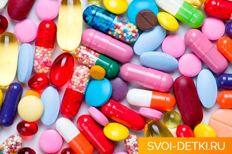 Чем опасны антибиотики для детей