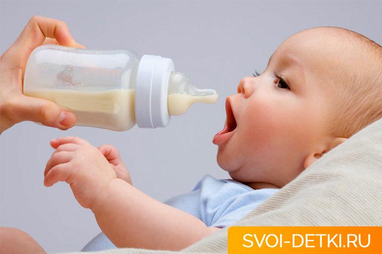 Цельное молоко в грудном возрасте - почему его стали считать вредным