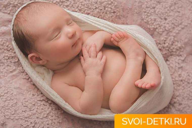 Как должен спать новорожденный: правила крепкого и безопасного сна