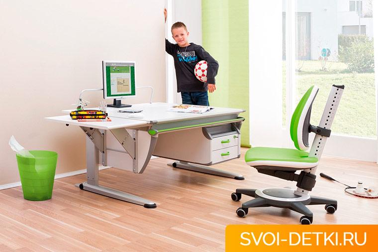 Как подобрать письменный стол для школьника