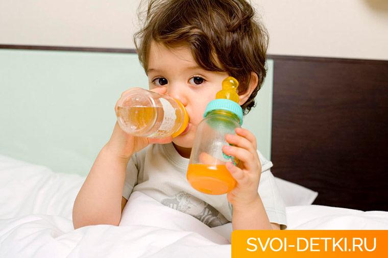 Питание ребенка при поносе и рвоте: основные принципы