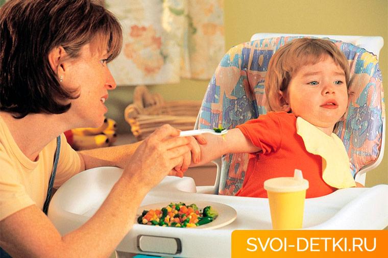 Как кормить ребенка при простуде и гриппе. Диета при простуде