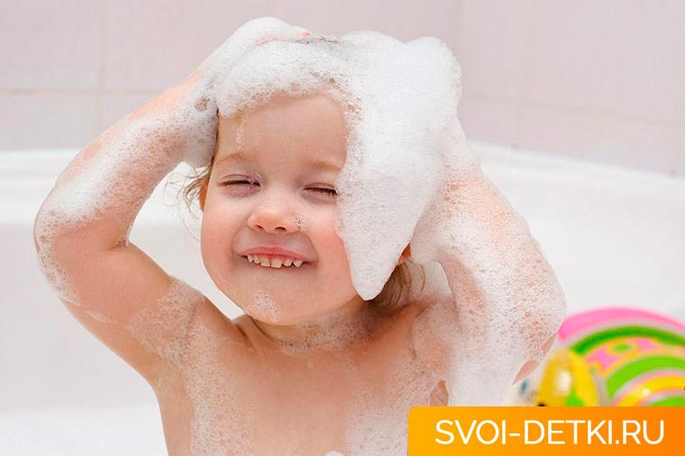 Детские шампуни и мыло - с чем купать ребенка?