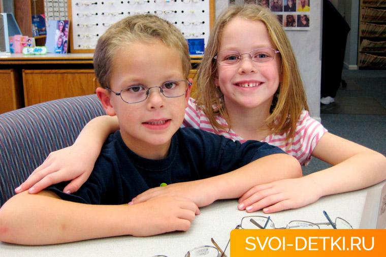 Дальнозоркость у детей: признаки, причины, способы коррекции