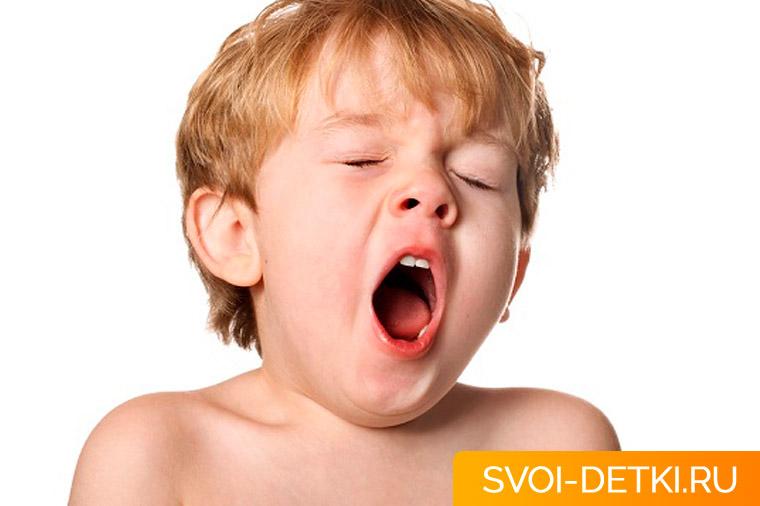 Ребенок постоянно хочет спать - причины сонливости у детей
