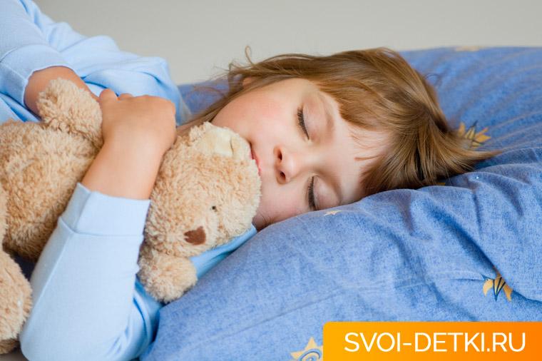 Нужен ли ребенку дневной сон - зачем детям тихий час