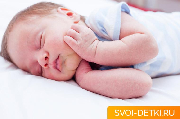 Ребенок не хочет спать днем: что делать, чтобы уложить детей спать