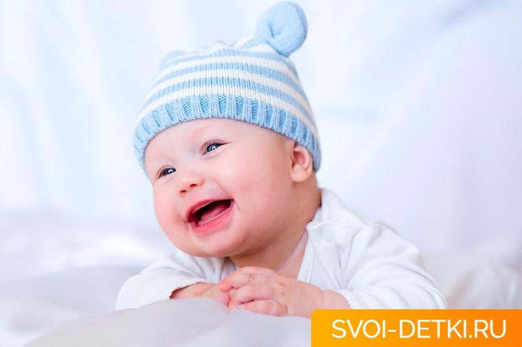 Развитие ребенка 3 месяца: что должен уметь ребенок