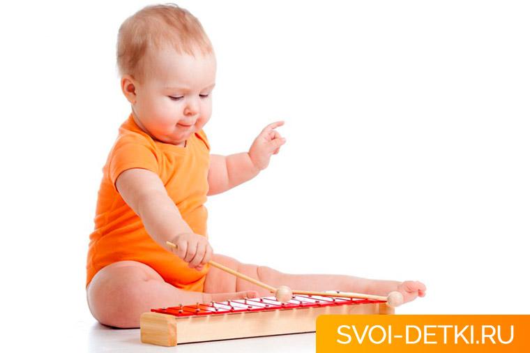 Развитие ребенка в 9 месяцев - главные умения