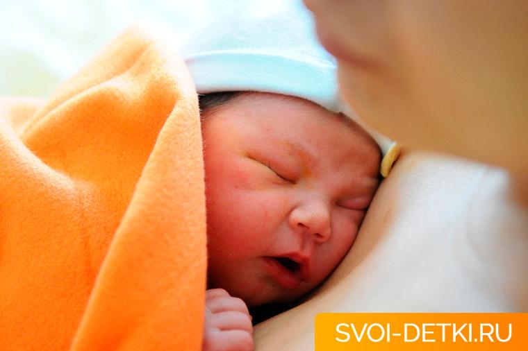 Желтуха новорожденных: признаки физиологической и патологической желтухи, методы лечения