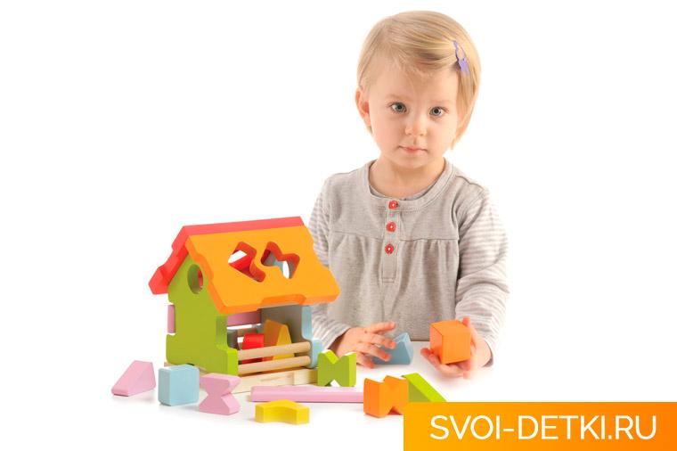Для чего нужны развивающие игрушки